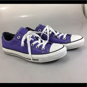 Converse All-star womens 8 Purple Canvas Gym Shoes